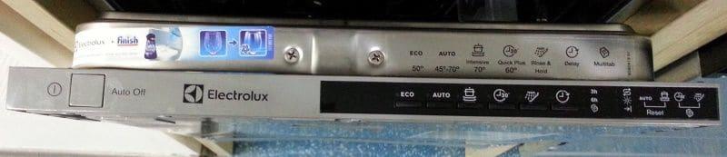 Панель управления посудомойки